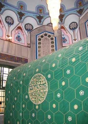 la-tombe-ibrahima-dans-la-mosquee_ibrahimi-al-haram-al-ibrahimi